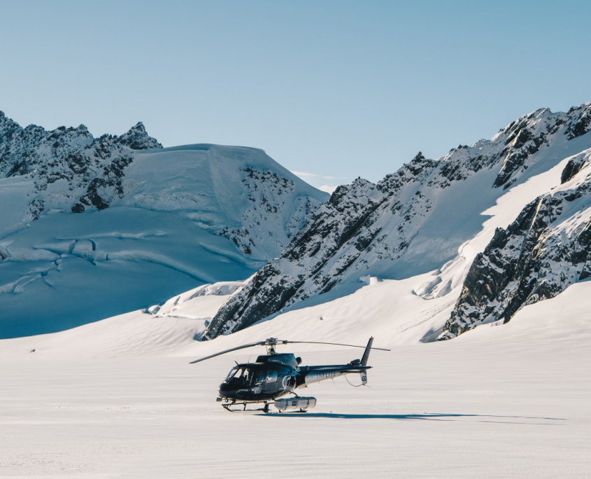 Mount Cook Helicopter Snow Landing
